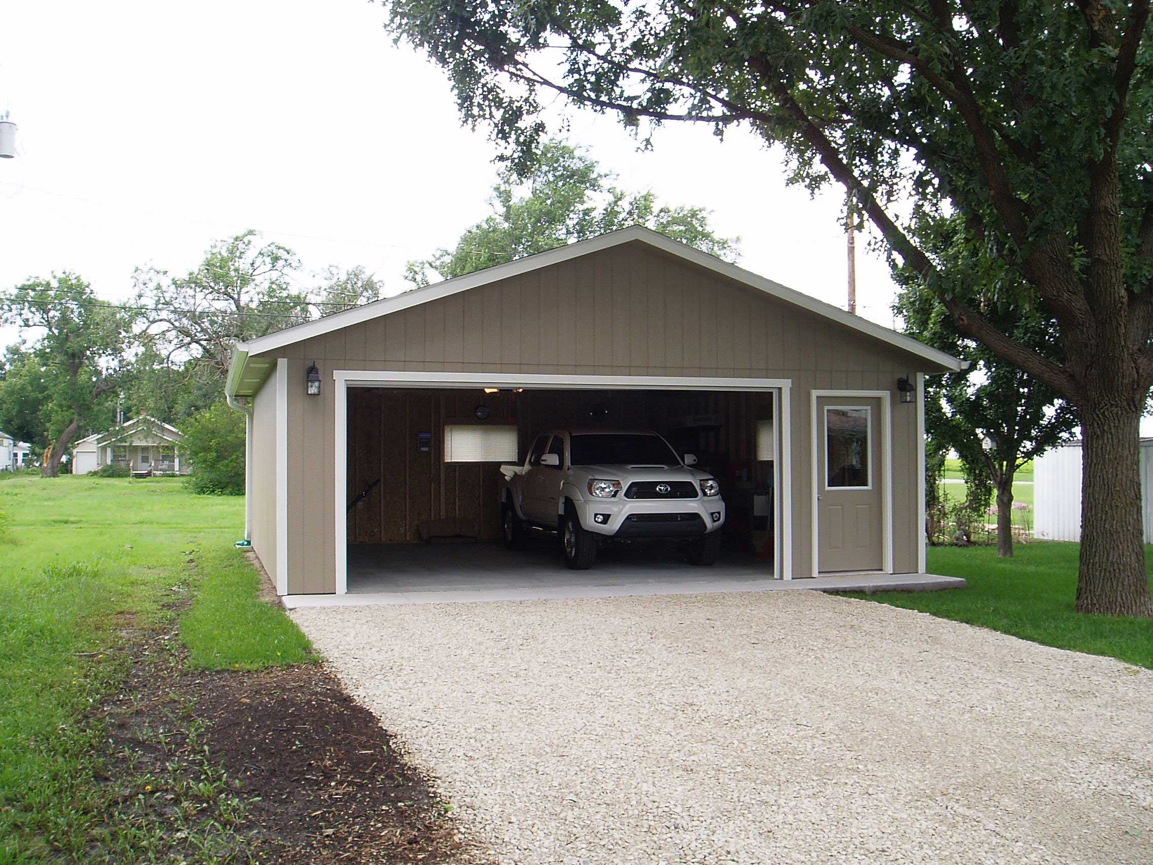 Prefab and detached car garages for sale in ks for Metal garage pics